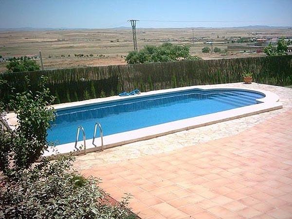 albañilería de piscinas cáceres