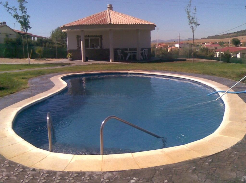 constructoras de piscinas cáceres
