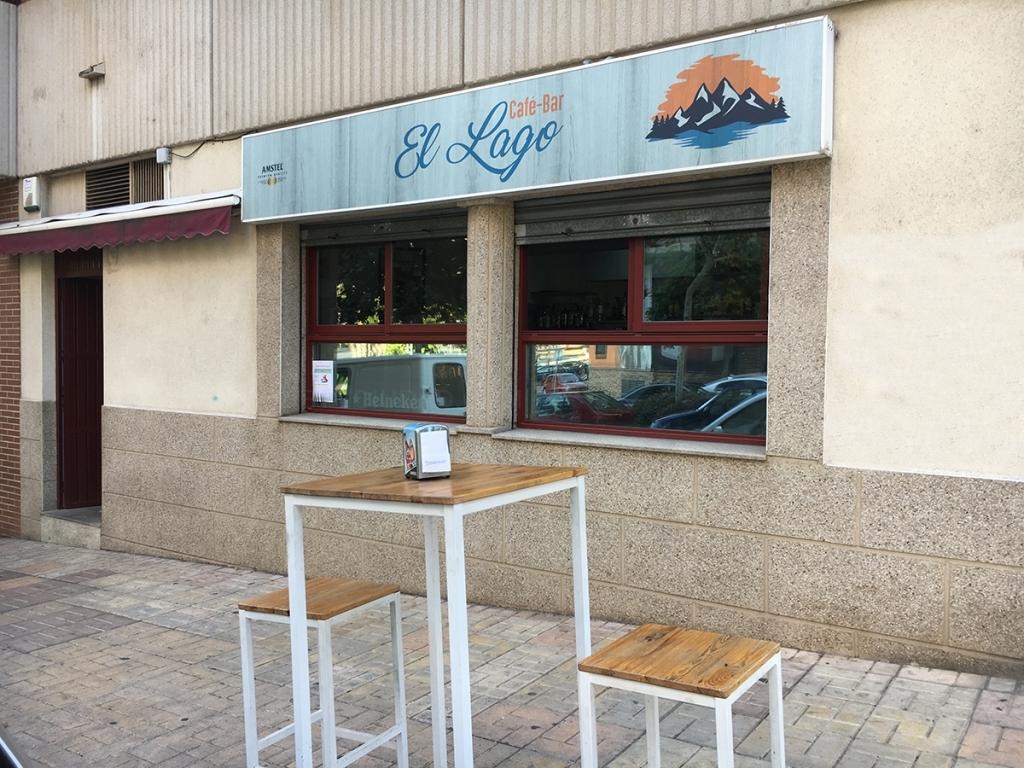 Café Bar El Lago