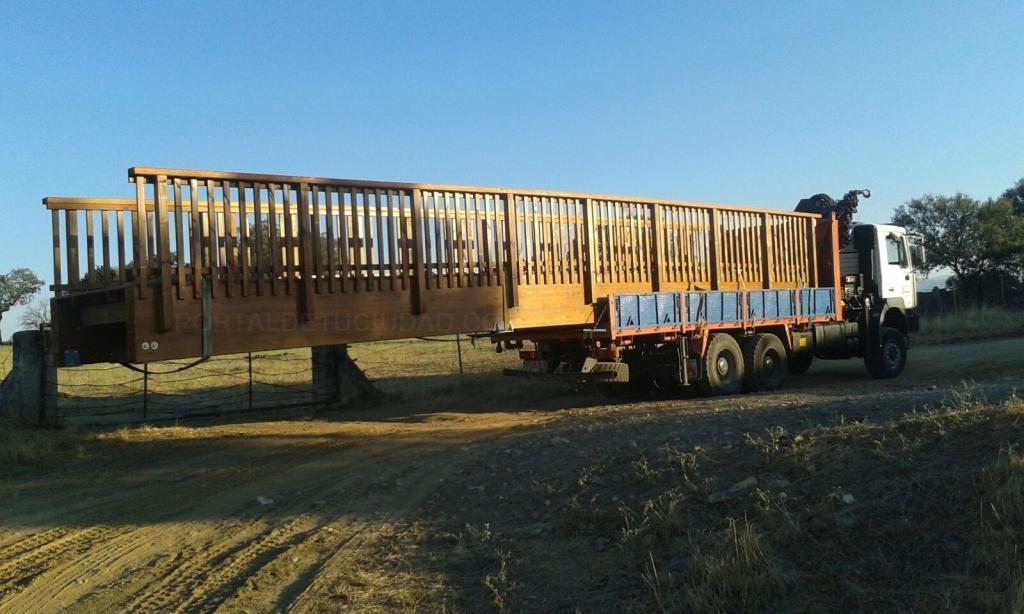 grúas móviles en camiones en cáceres