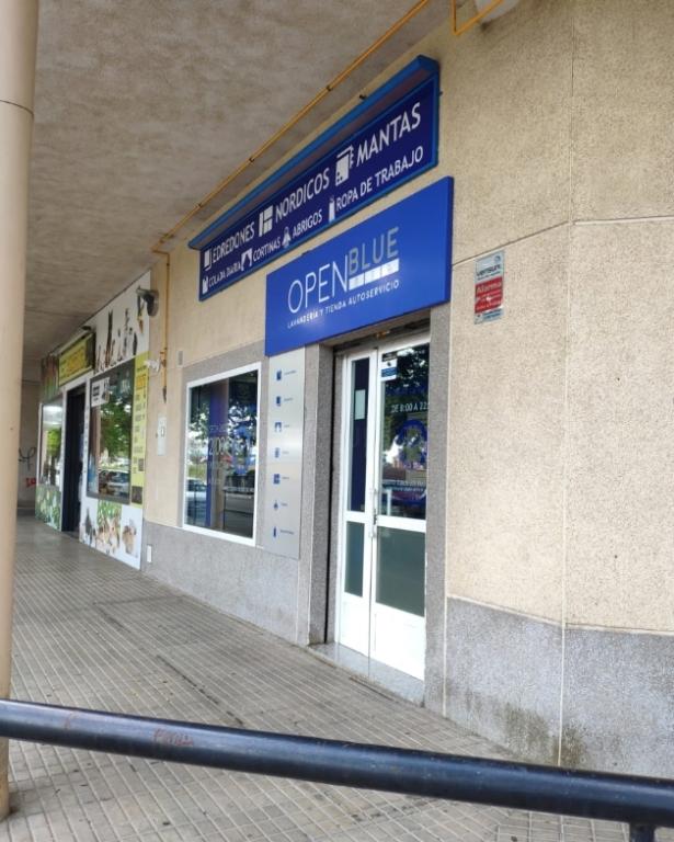 open blue lavandería y tienda 24 horas cáceres
