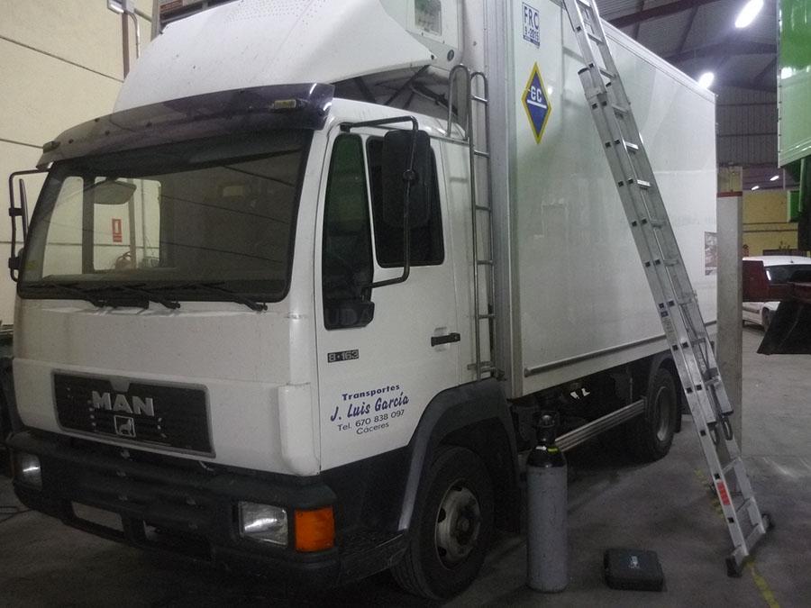 reparación de vehículos de obras públicas cáceres