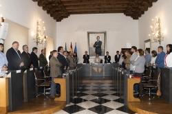 La Diputación aprueba por unanimidad su integración en el pacto regional por el ferrocarril.