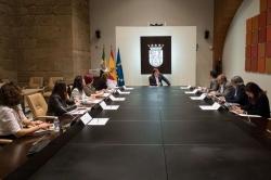 La Junta de Extremadura suspende las clases durante quince días desde el próximo lunes para combatir el coronavirus