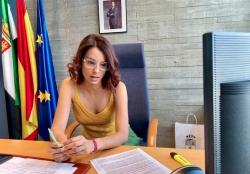 La consejera Nuria Flores informa al Consejo de Turismo sobre la implementación de las medidas del Plan de Reactivación