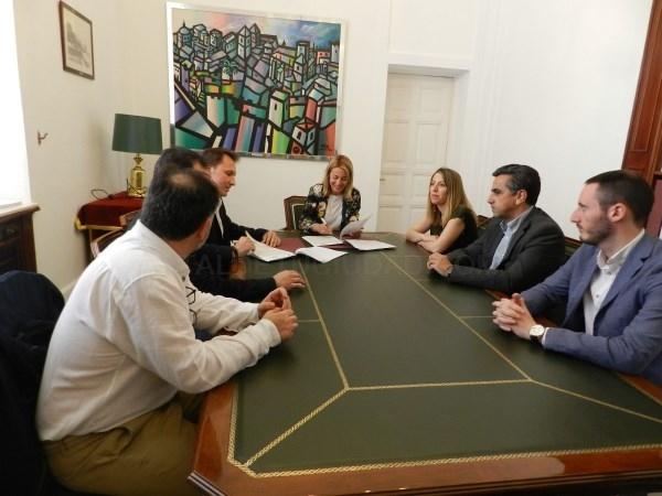 Ayuntamiento y AEXTIC firman un convenio para el fomento en el sector de las Tecnologías de la Información y la Comunicación (TIC)