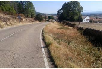 La Diputación rehabilitará y ampliará el ancho de la CC-30 a Casas de Millán.