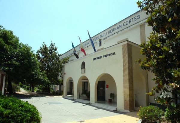 El BOP publica la adjudicación de plazas en la Residencia Universitaria Hernán Cortés para el curso 2020-2021