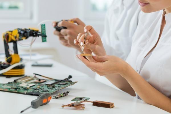 Alburquerque acogerá un campamento Maker de robótica dirigido a niños y adolescentes