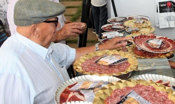 Monesterio se queda por primera vez en treinta años sin la celebración del Día del Jamón