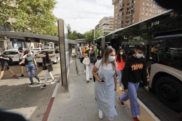 Los autobuses de refuerzo al campus se incorporan mañana