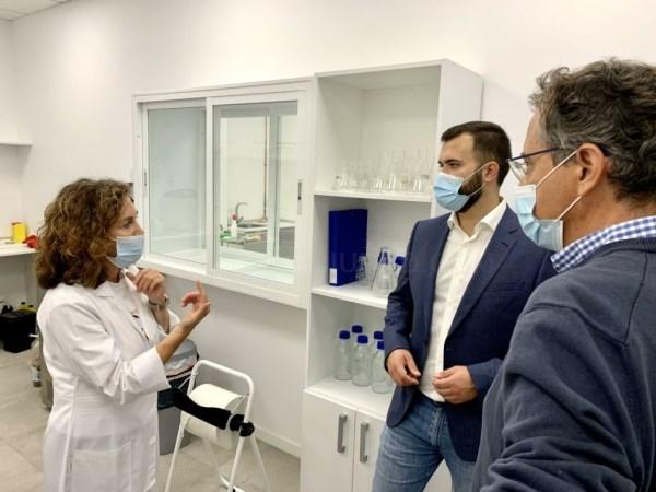 El alcalde Luis Salaya destaca el potencial de crecimiento de la ciudad en torno a la investigación farmacéutica