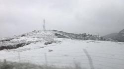 La nieve llega al interior de las provincias de Valencia y Castellón