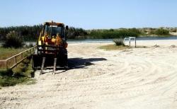 Vertido de gasóleo en la playa de El Perellonet