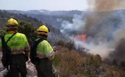 El incendio de Llutxent sigue sin control y arrasa ya 1.500 hectáreas