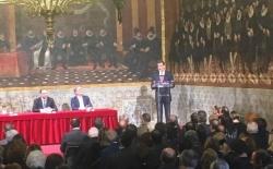 El Rey en Valencia: «No nos podemos permitir perder la convivencia»
