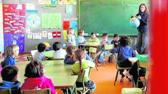 ALUMNOS DE INFANTIL EN UN COLEGIO DE UN MUNICIPIO DE CAMP DE MORVEDRE. / IRENE MARSILLA