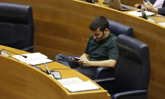 Educación cambia el decreto e introduce más valenciano en las líneas de castellano