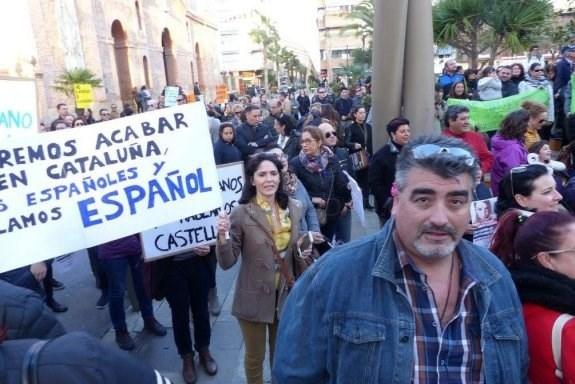 ASISTENTES A LA MANIFESTACIóN ORGANIZADA AYER EN TORREVIEJA. :: LP