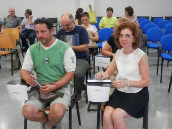 La alcaldesa de Benicull denuncia a un edil de Compromís por llamarla «payasa» y agredirla