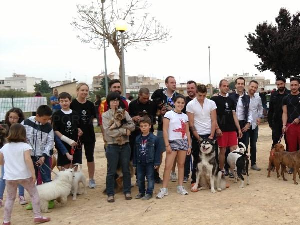 Alberic inicia una campaña contra el abandono animal en verano