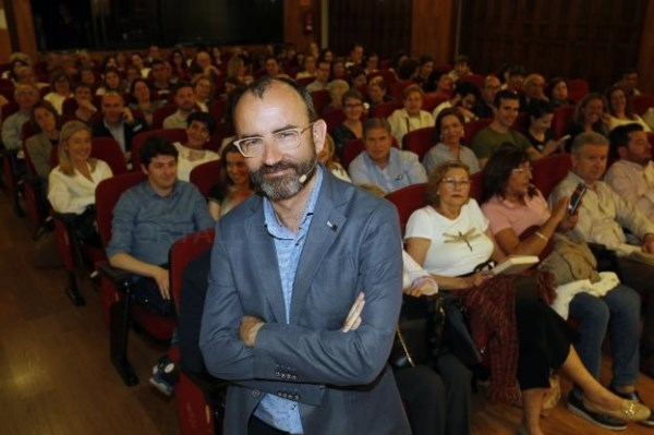 RAFAEL SANTANDREU, AYER, EN EL AULA LAS PROVINCIAS CELEBRADA EN EL ATENEO MERCANTIL DE VALENCIA. / IRENE MARSILLA