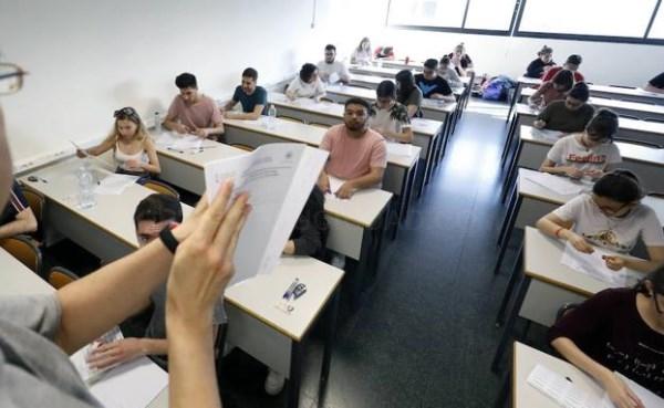 Masiva queja por la prueba de Matemáticas en la Selectividad en Valencia: «El examen más difícil de todos los años»