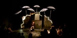 Teatro infantil. 30 elefantes bajo un paraguas