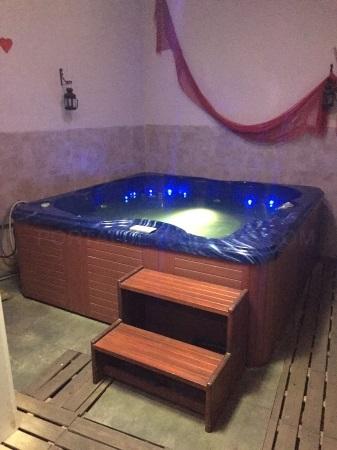 Jacuzzi palencia, duchas de contraste palencia, baños de vapor palencia,masajes palencia