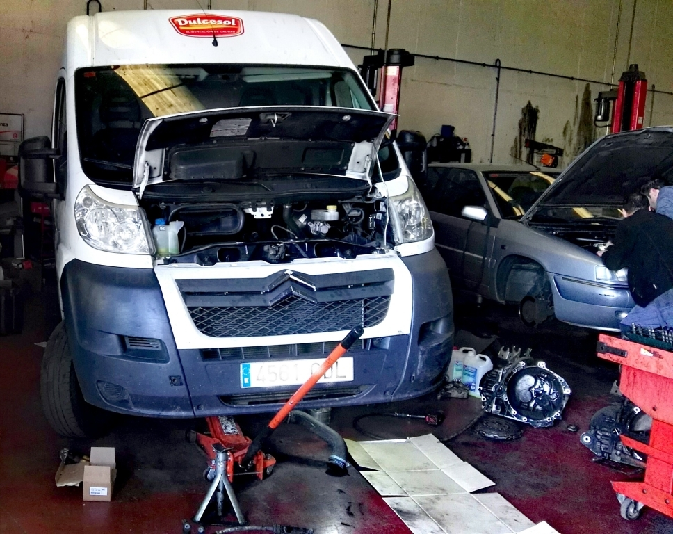 Electricidad del automóvil palencia, Neumáticos palencia
