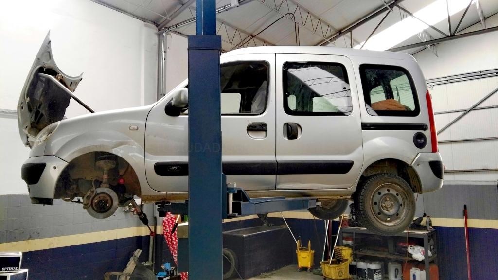 Talleres mecánicos para automóviles y motocicletas