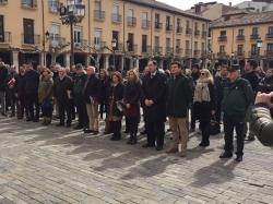 El Ayuntamiento se suma a la convocatoria del presidente del Gobierno para guardar un minuto de silencio con motivo del atentado sucedido ayer en Lond