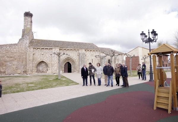 La presidenta de la Diputación, Ángeles Armisén visita Grijota y comprueba el desarrollo de varias obras de acondicionamiento