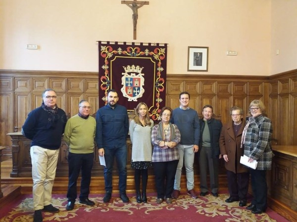 LA FAMILIA SOTO DIAGO Y LA COFRADíA DEL SANTO SEPULCRO RECIBIERON LOS PREMIOS COMO VENCEDORES DEL XXXVIII CONCURSO DE BELENES 'ANTONIO LAFUENTE'