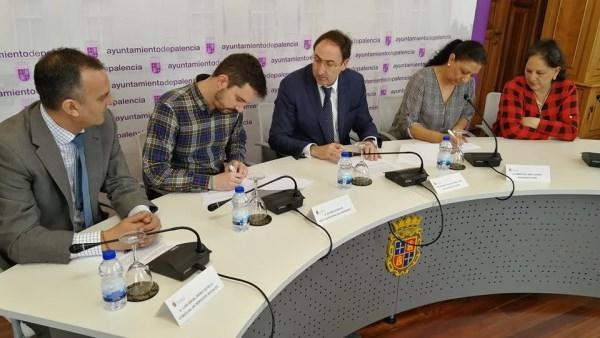 EL AYUNTAMIENTO COLABORA CON LA ACTIVIDAD DE PLATAFORMA DEL VOLUNTARIADO Y ROMí APORTANDO 22.500 EUROS MEDIANTE SENDOS CONVENIOS