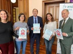 """El Ayuntamiento de Palencia se suma a la campaña de ASPAYM """"Por aquí no puedo, por aquí no paso"""""""