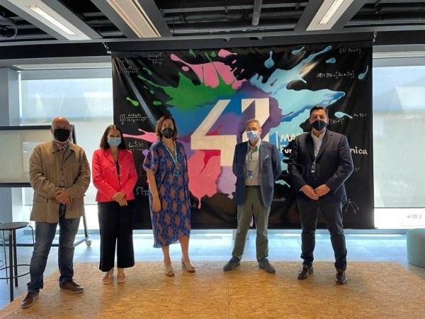 La presidenta de la Diputación de Palencia y el presidente de la Cámara de Comercio visitan el Innovation Center de Telefónica y 42 Madrid