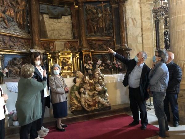 Pomar de Valdivia recibe las cuatro obras del retablo mayor de su iglesia, restaurados a través del convenio de restauración de Diputación y Diócesis