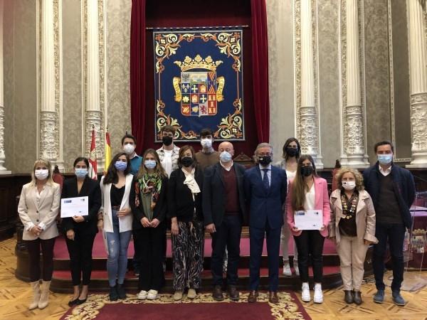Diputación de Palencia y FUNGE UVa insertan a sus becarios universitarios en el mercado laboral de la provincia