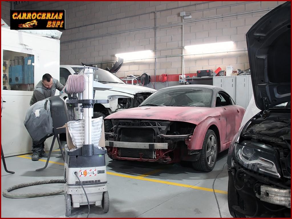 chapa, pintura, carrocerías, coches de sustitución, coche de cortesía, talleres en collado villalba