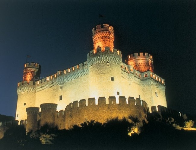 Castillo de manzanares el real monumentos en la sierra - Casa en manzanares el real ...