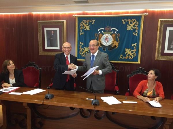El Ayuntamiento de El Escorial y Cruz Roja firman un convenio para el mejor desarrollo del bienestar social local
