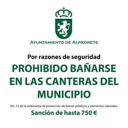 PROHIBIDO EL BAñO EN LAS CANTERAS