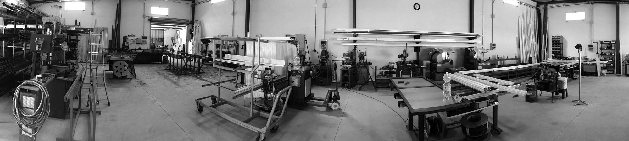aluminio en motril, pvc en motril, hierro en motril, trabajos de carpinteria metalica en motril,
