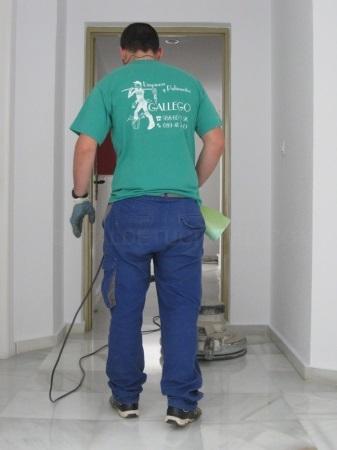 limpieza de cocheras en motril, limpieza de fachadas en motril, limpieza comunidades en motril