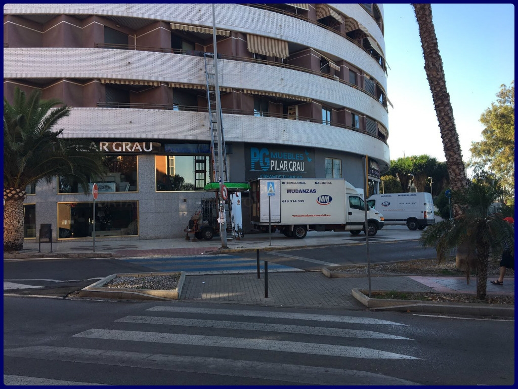 guardamuebles en motril, guardamuebles motril, furniture removals and storage in motril,