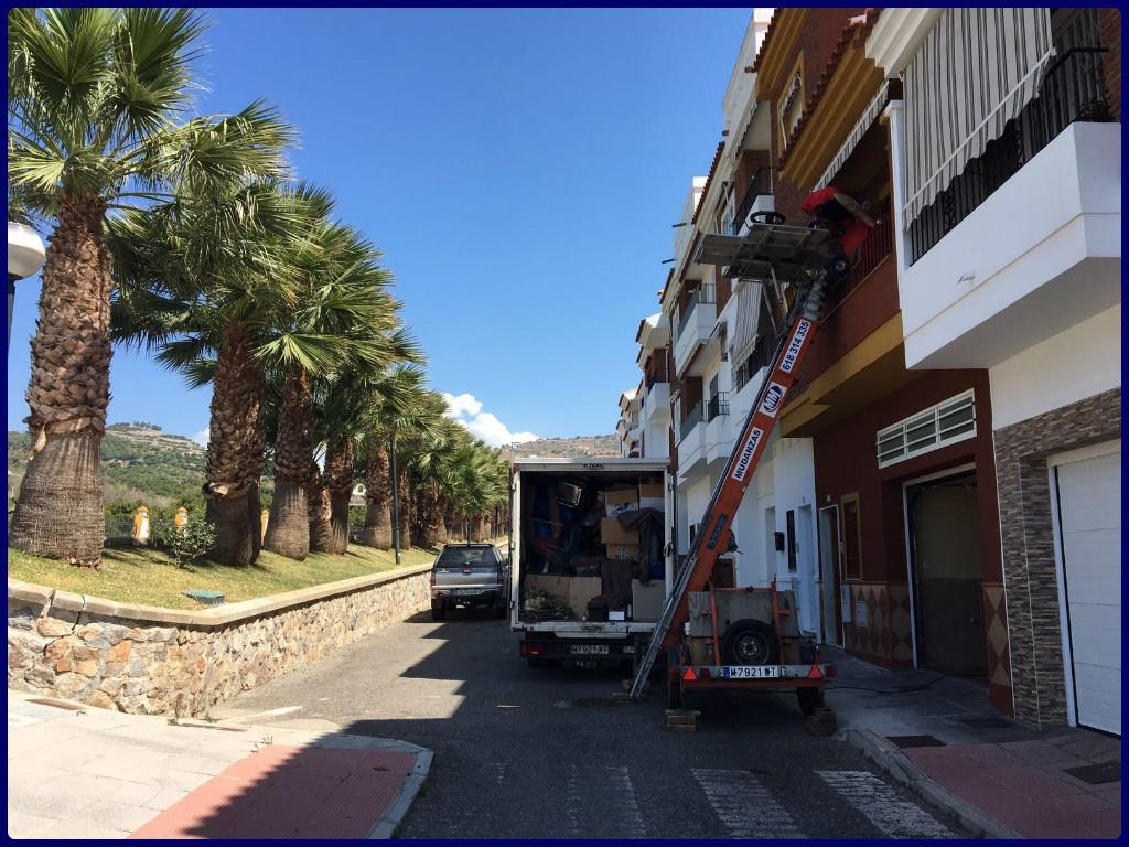 transportes de muebles en almunecar, transportes de muebles en salobrena, envios maritimos en motril