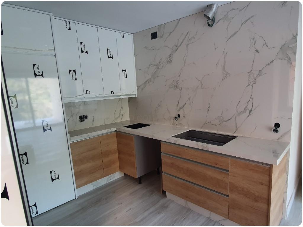 columnas de granito en motril, suelos de marmol en motril, encimeras de cocina en almuñecar, cenefas