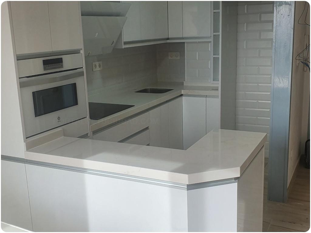 encimeras de cocina en motril, encimeras de bano en motril, chimeneas de marmol en motril, mesas