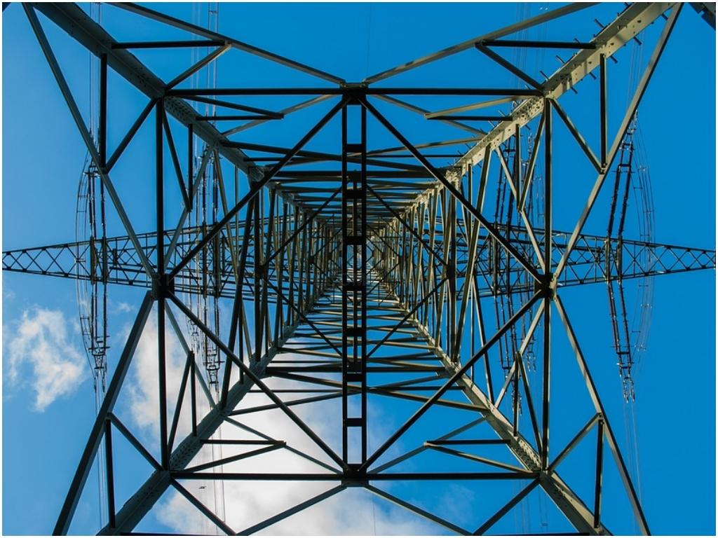energia solar salobrena, calefaccion salobrena, internet por satelite en salobreña, electricidad